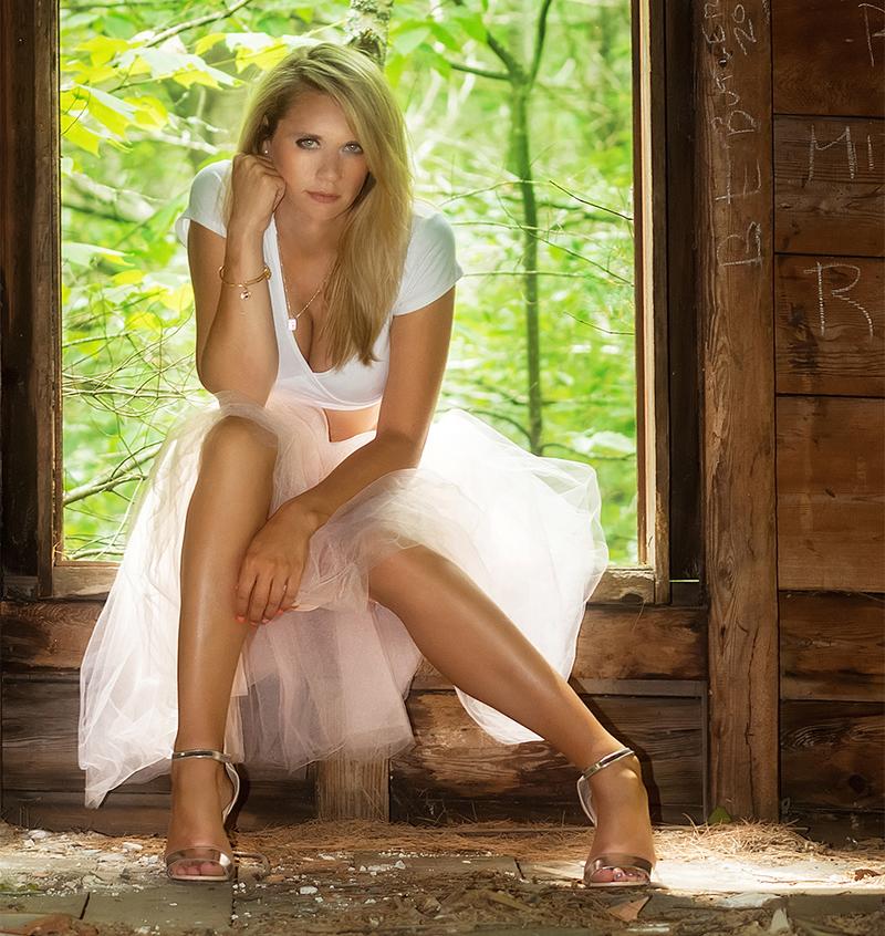 http://photos.modelmayhem.com/photos/160913/05/57d7f30551e56.jpg