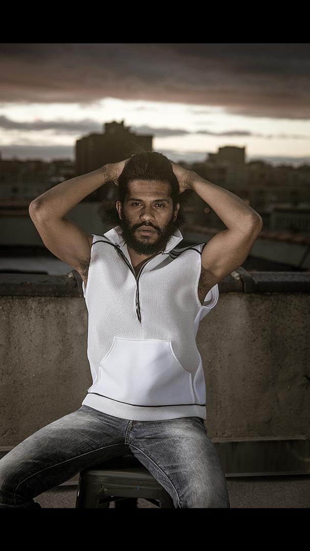 Male model photo shoot of Puulaahi