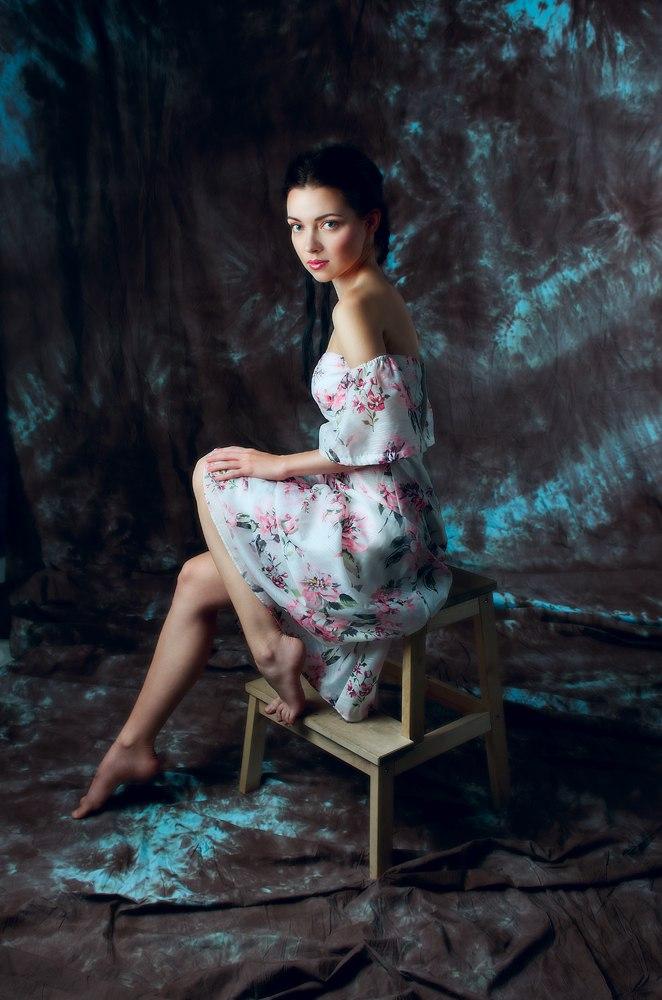 Female model photo shoot of Tanya Nord
