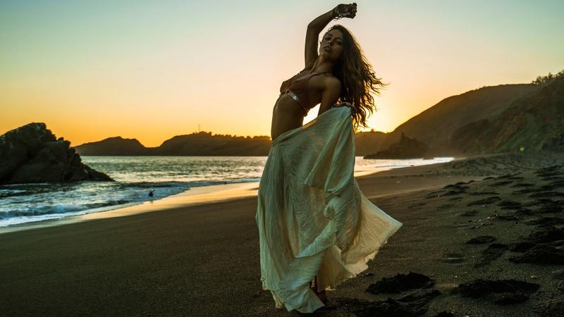 Female model photo shoot of Savana Alexa
