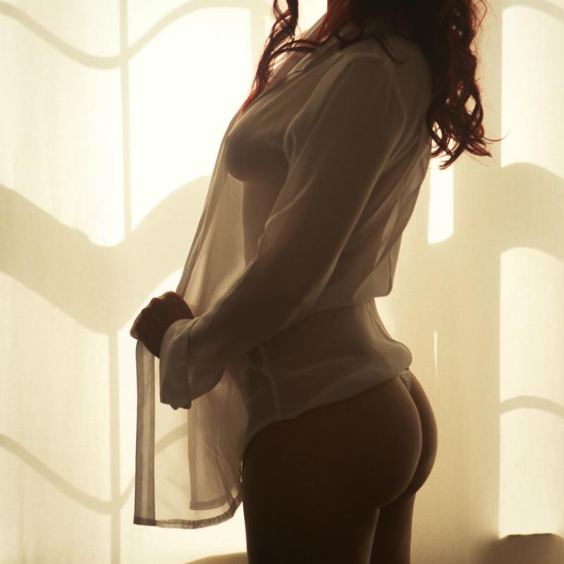 Female model photo shoot of GermanRose