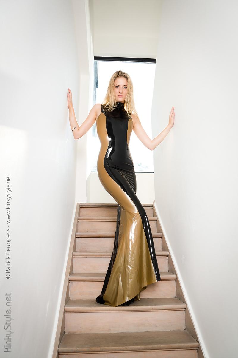 Male and Female model photo shoot of Patrick Ceuppens and Sasha Gemini