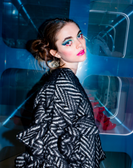 Female model photo shoot of Darla Wills