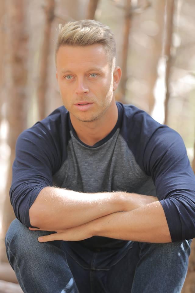 Male model photo shoot of Phill Philipov