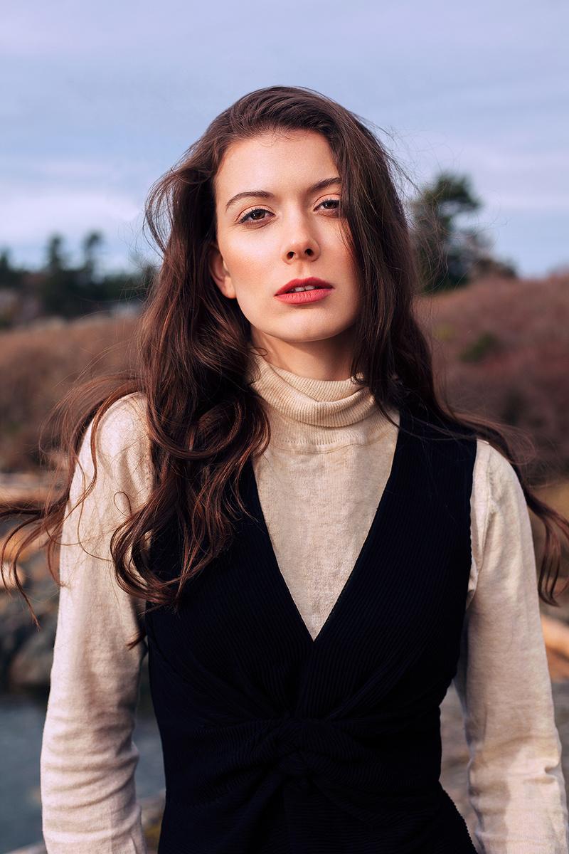 Female model photo shoot of Aislin Fall
