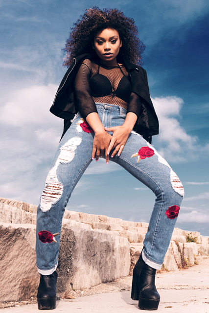 Female model photo shoot of KarliSimmons