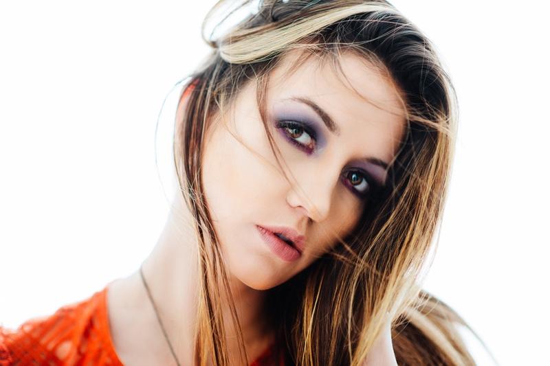 Female model photo shoot of _Nikki by mjdare