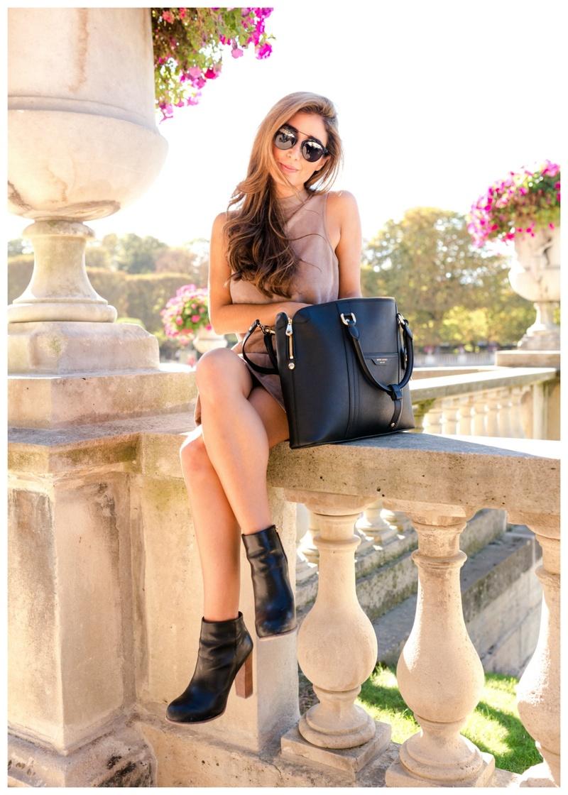 Female model photo shoot of bbphoto85 in Paris