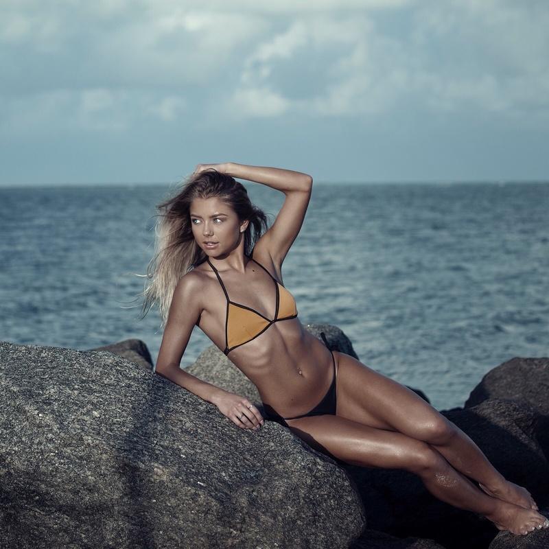 Female model photo shoot of Tetyana Hulyo in Miami