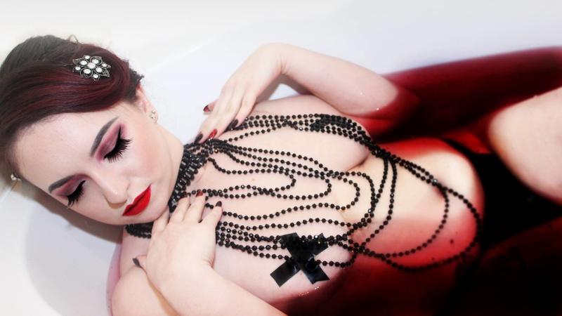 Female model photo shoot of Shadier Aeon