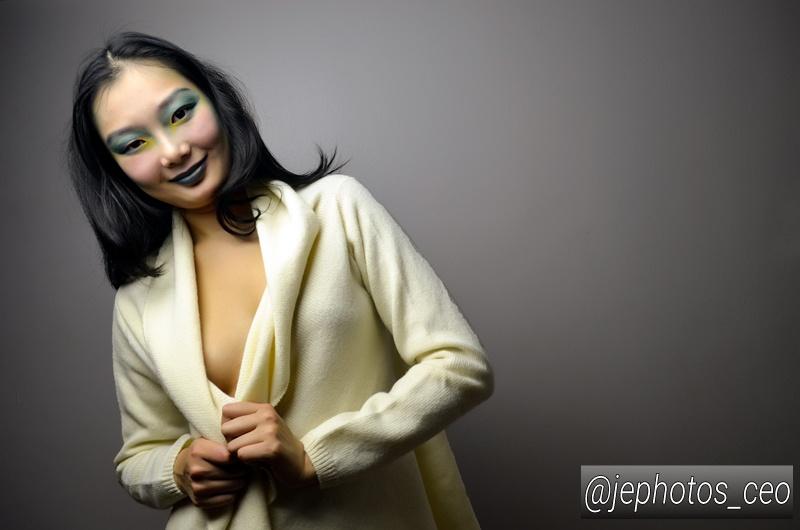 http://photos.modelmayhem.com/photos/161223/07/585d45ea4eae3.jpg