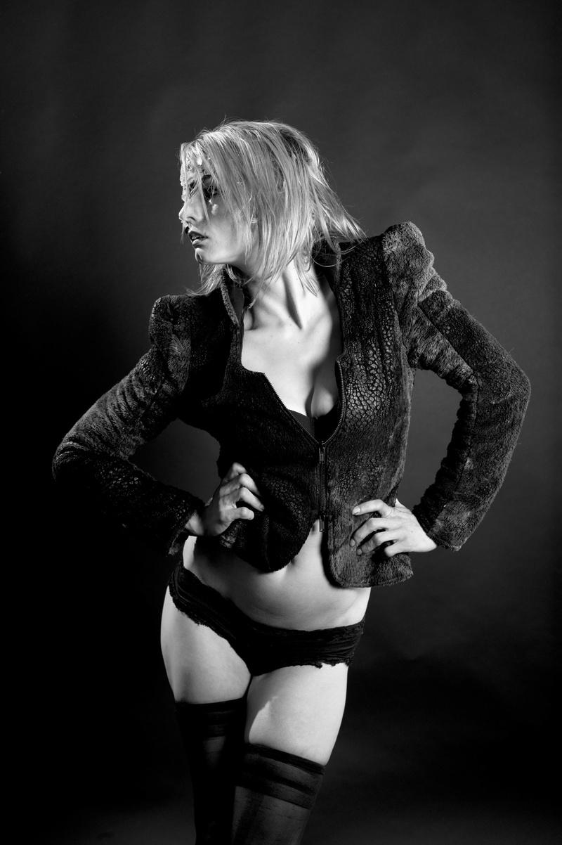 Amanda Puggle  nackt