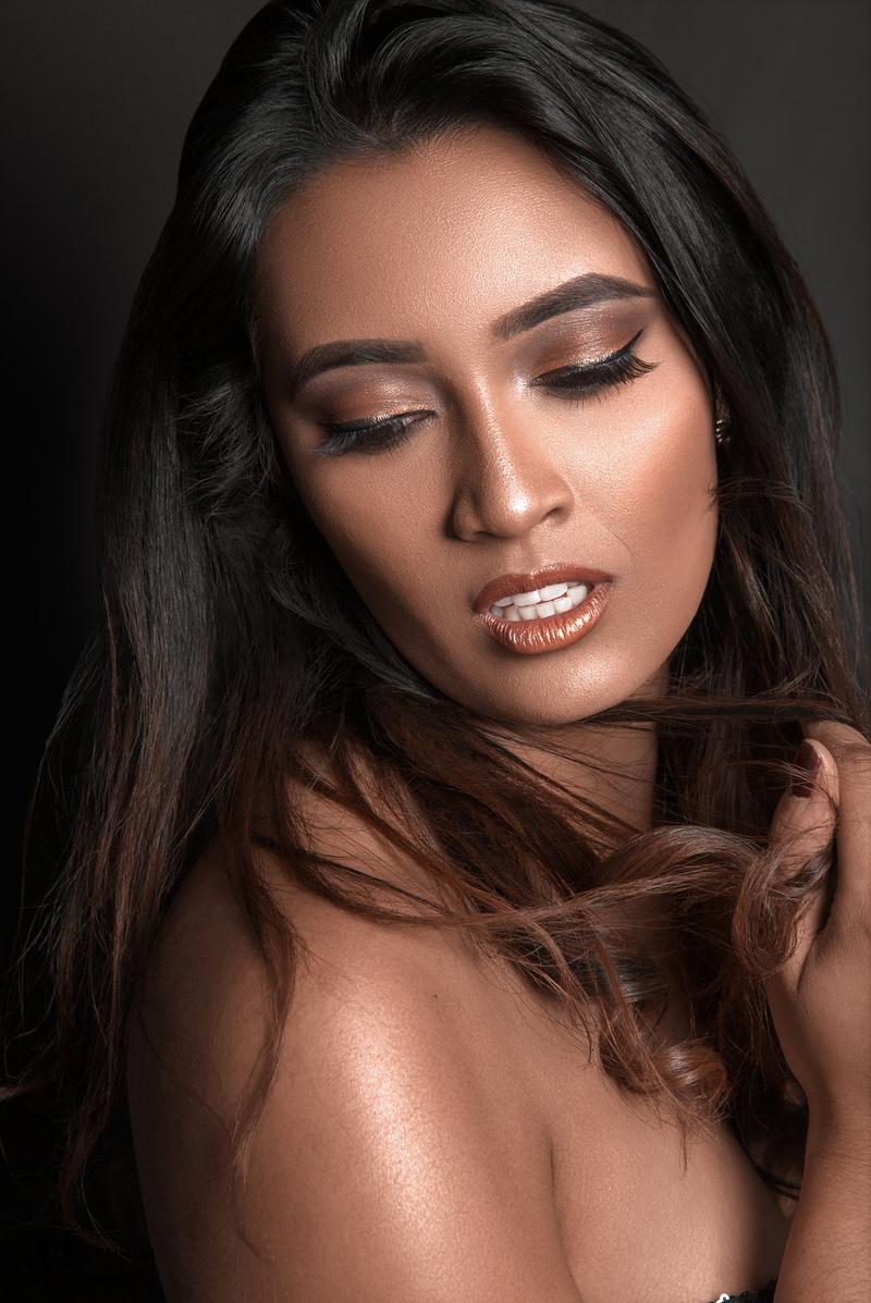 Female model photo shoot of hiitssree by Macksimum Photos