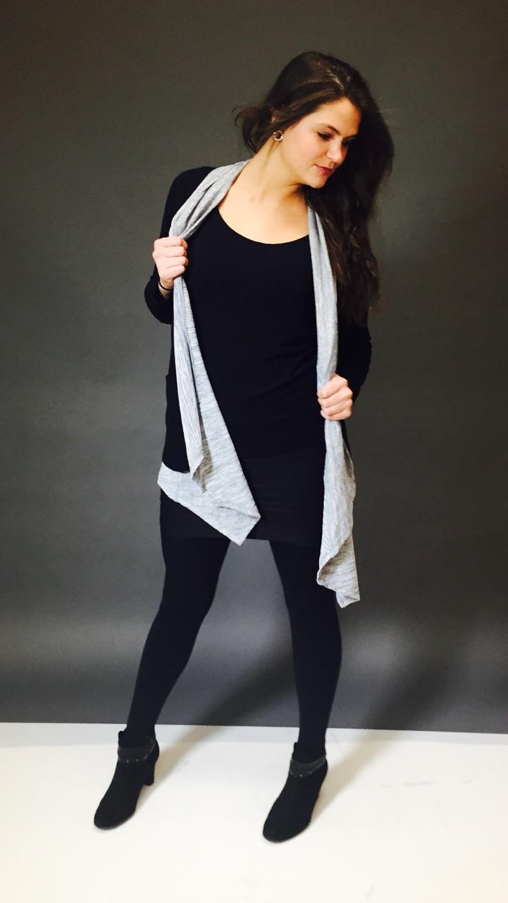 Female model photo shoot of Lo Ashley