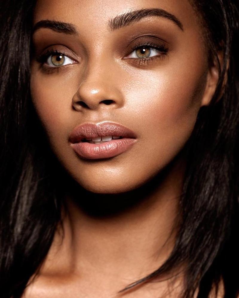 Female model photo shoot of Loren Dixon