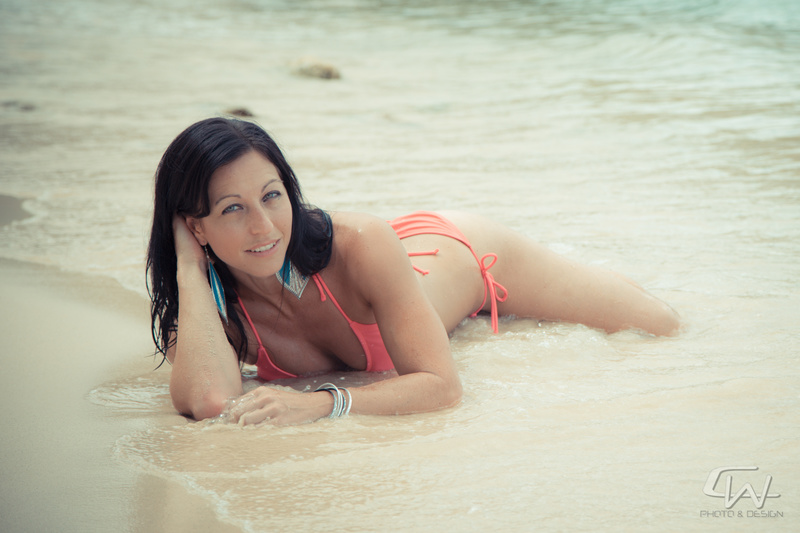 Female model photo shoot of DancerRaquel