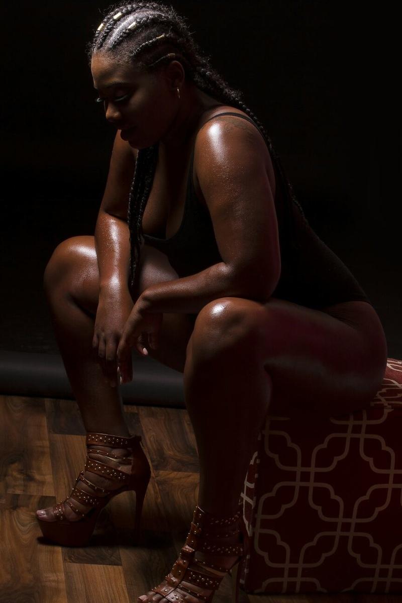 Female model photo shoot of TRINI THE MODEL