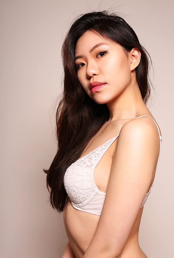 Female model photo shoot of AnneMay