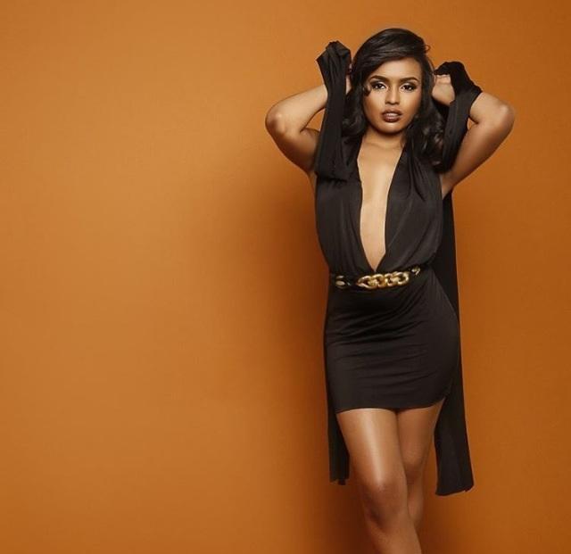 Female model photo shoot of RosemaryRosa
