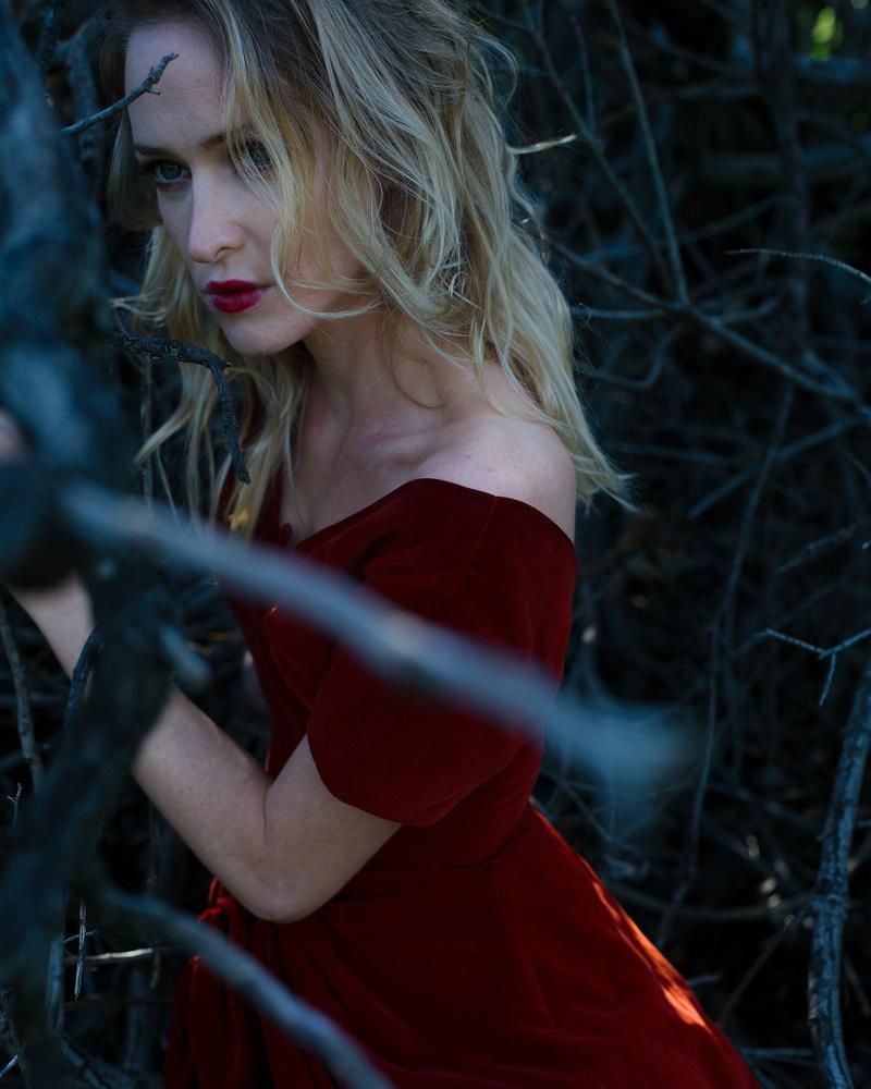 Female model photo shoot of Mayra Mejia Gille