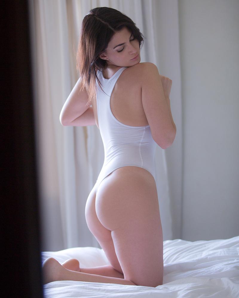 Female model photo shoot of Roberta Sparta