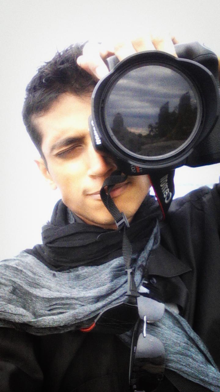 Male model photo shoot of AbdullahR