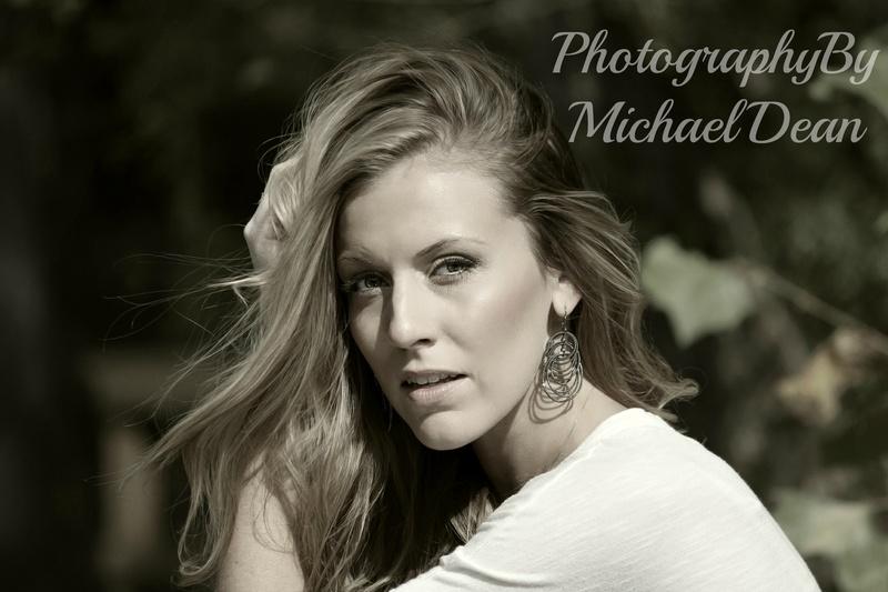 http://photos.modelmayhem.com/photos/170427/06/5901ef0abb6c9.jpg