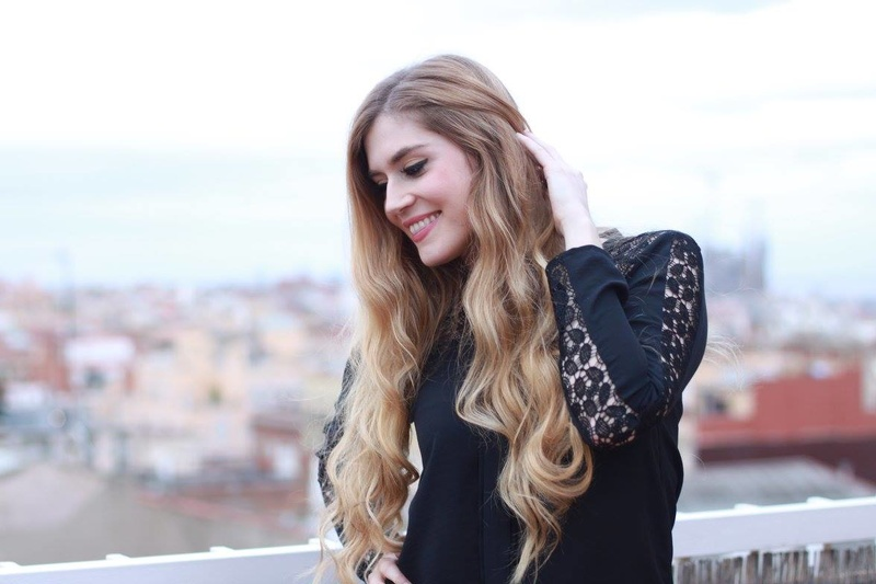 Female model photo shoot of Ju_dit