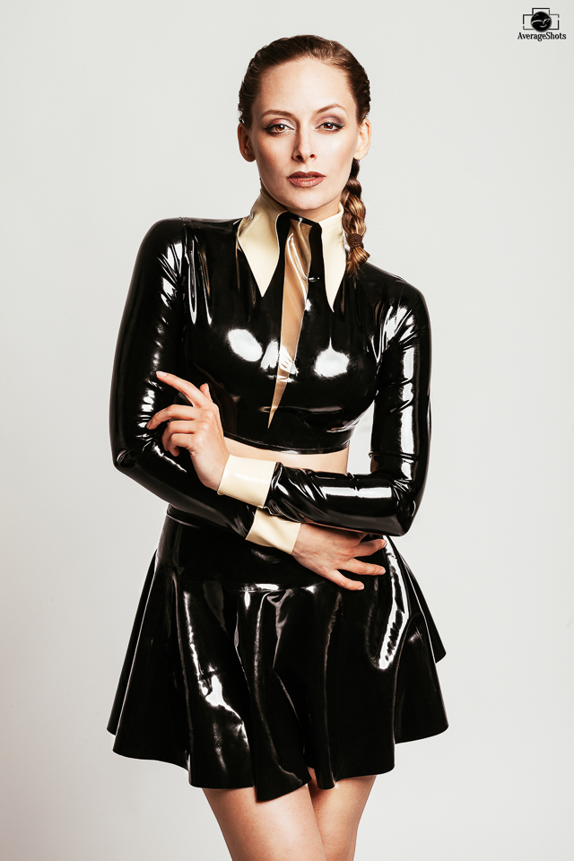 Female model photo shoot of Cat Atonia in Germany
