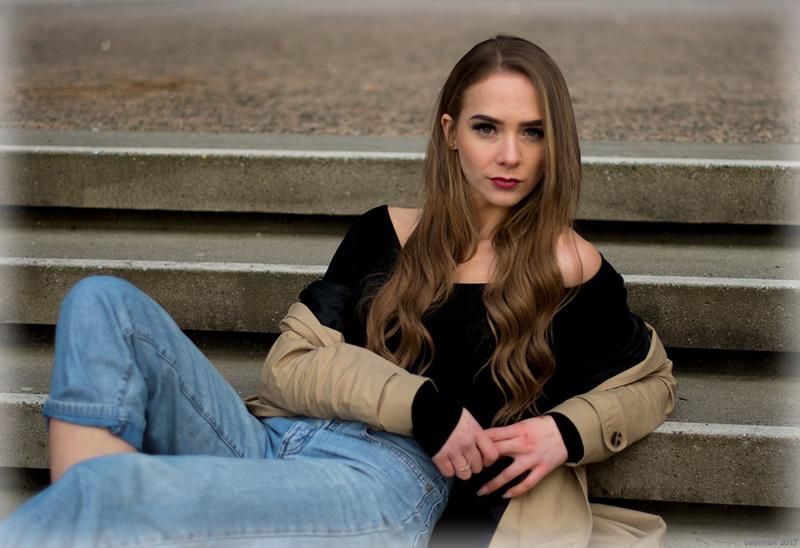Male model photo shoot of DarrenVolk