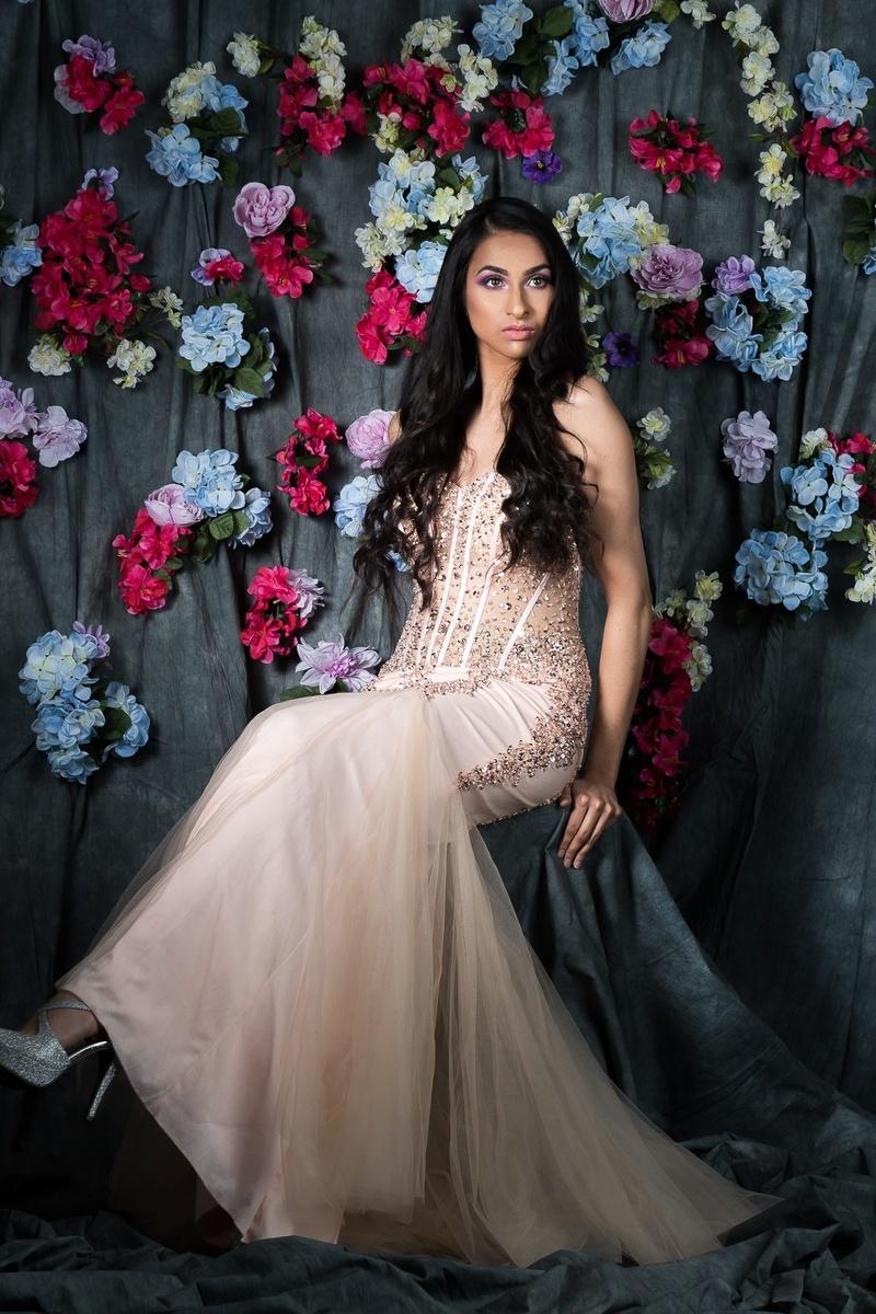 Female model photo shoot of vrinda737