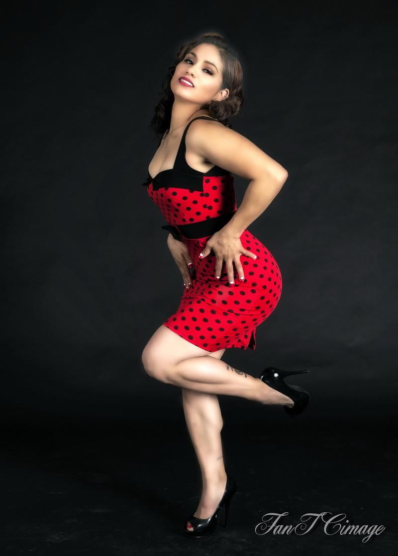 http://photos.modelmayhem.com/photos/170601/10/59304f96eda56.jpg