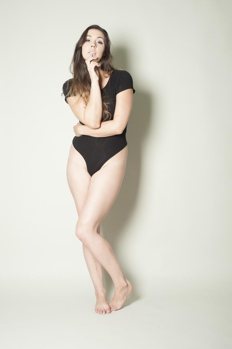Female model photo shoot of Chelsea Alexandra