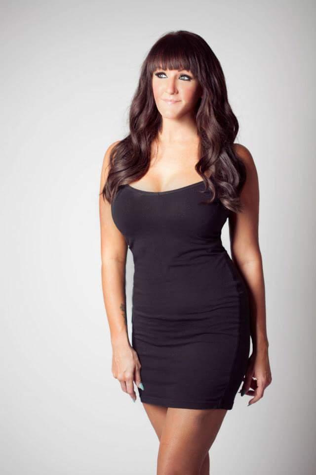 Female model photo shoot of Crystal Dianne
