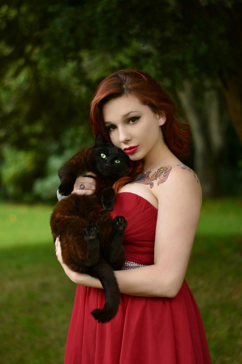Female model photo shoot of Coralia