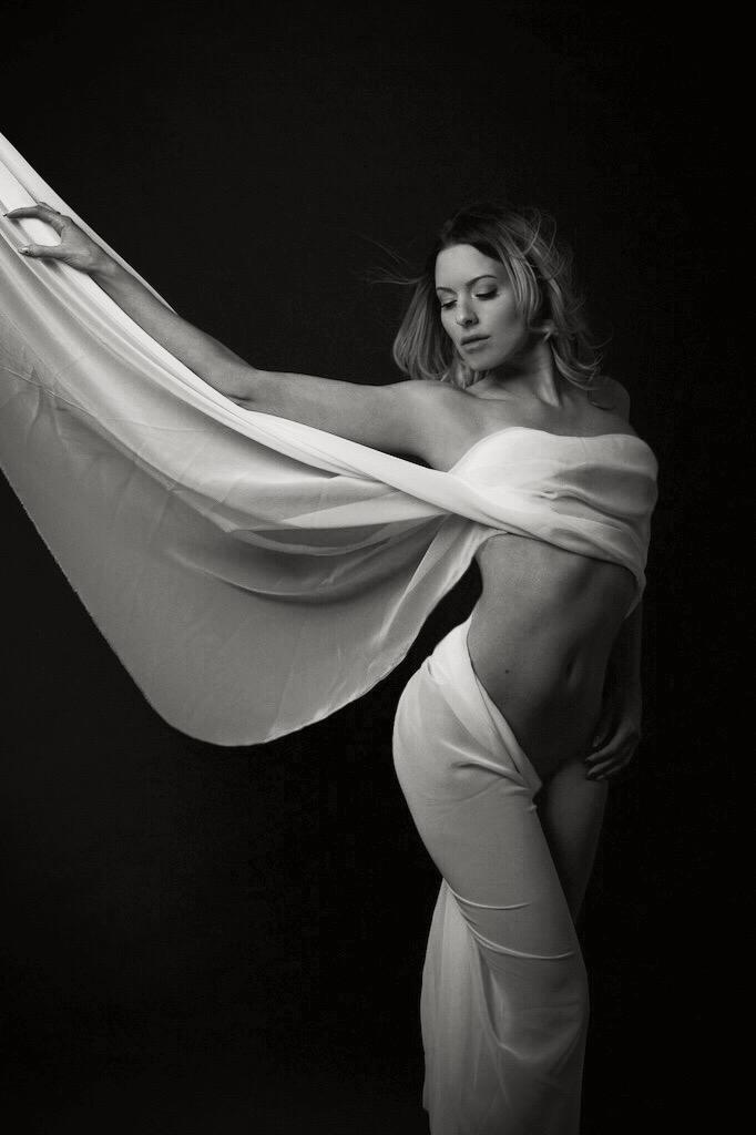 Female model photo shoot of Anouck in Montréal, Quebec