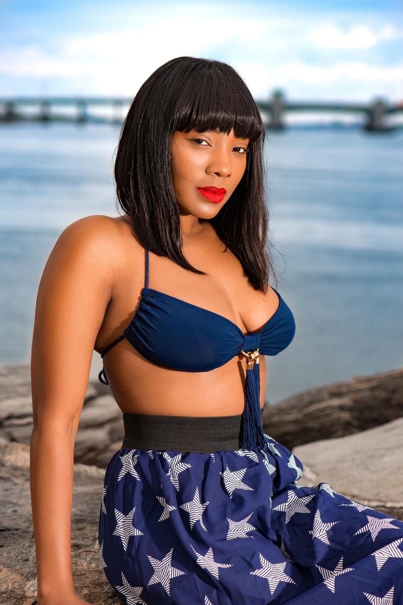 Female model photo shoot of Ronnie BayB