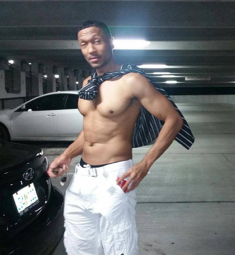 Male model photo shoot of Keith Ashley