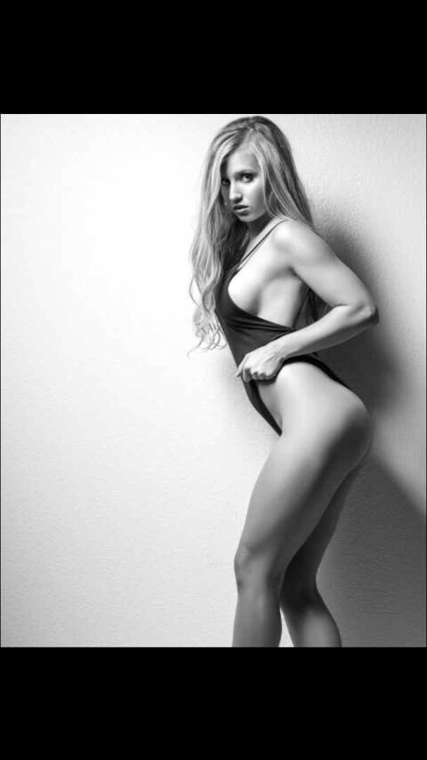 Female model photo shoot of Ashley Elizondo