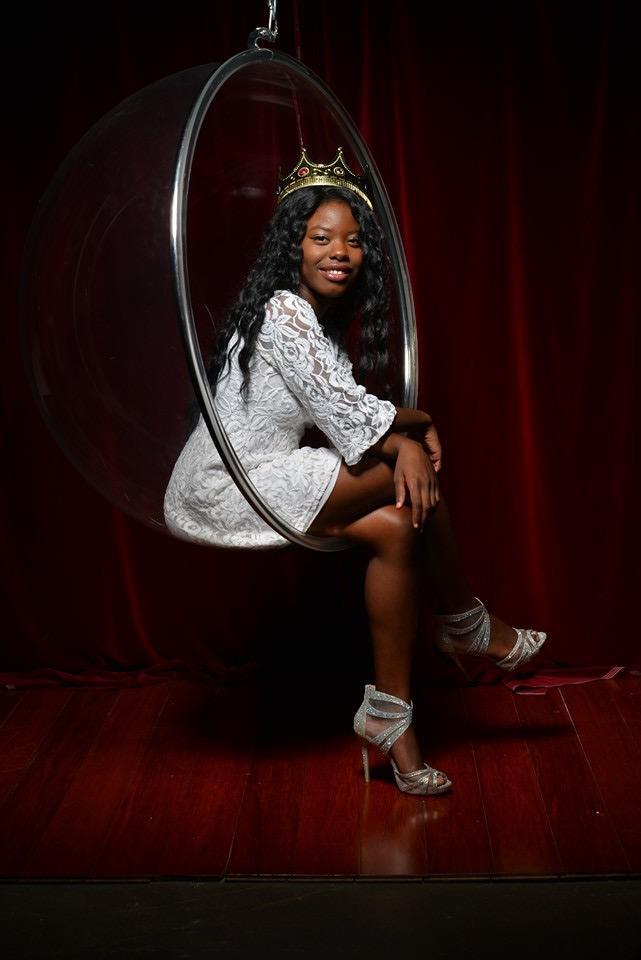 Female model photo shoot of Chocolate_BabyDoll