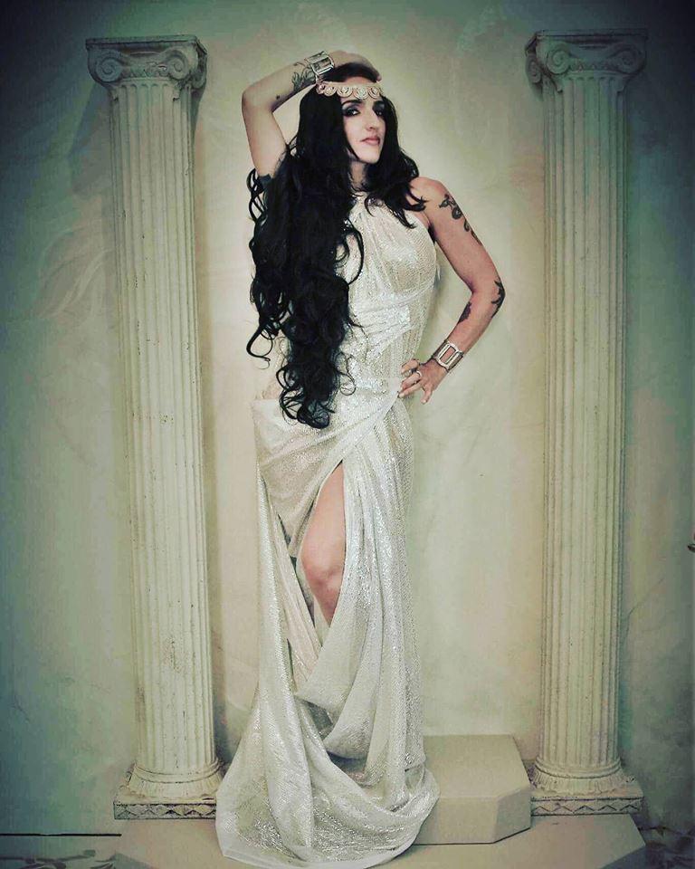 Female model photo shoot of Crystal Silmi