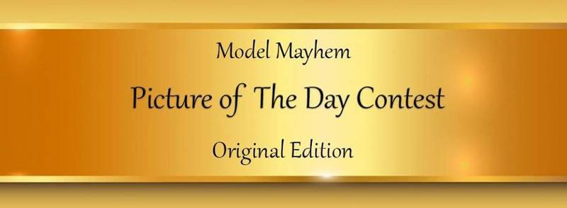 https://photos.modelmayhem.com/photos/170913/20/59b9f3010cdd3.jpg