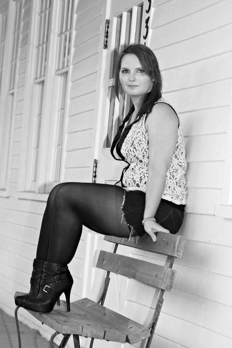Female model photo shoot of Miztic in hines park