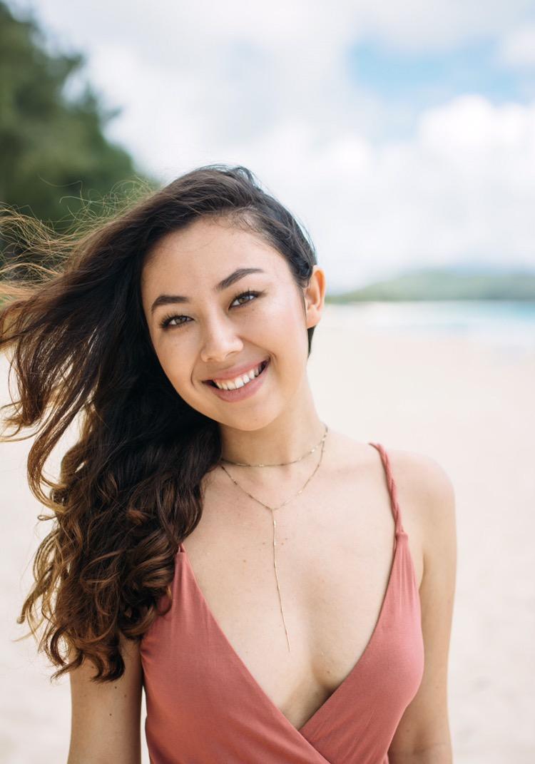 Female model photo shoot of tiaradeir