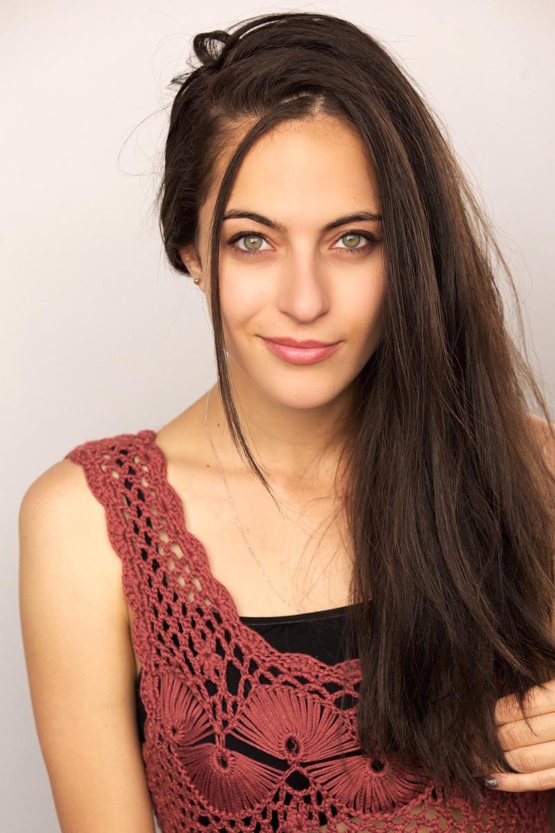 Female model photo shoot of Zara Mizrahi in Los Angeles