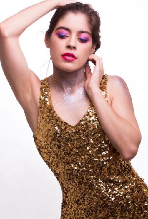 Female model photo shoot of aclaudiap
