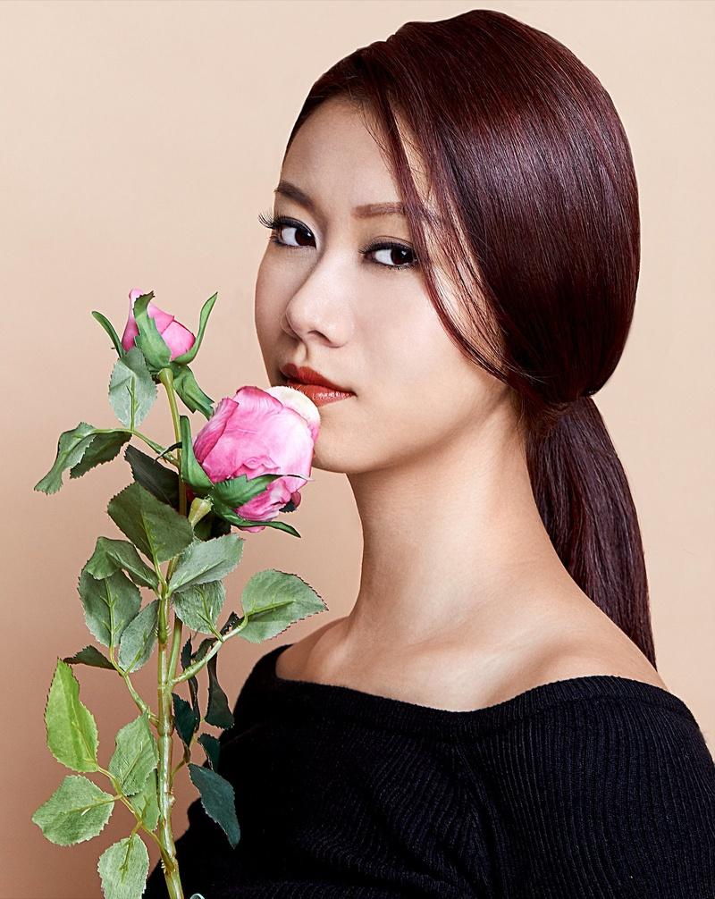 Female model photo shoot of Yiwen