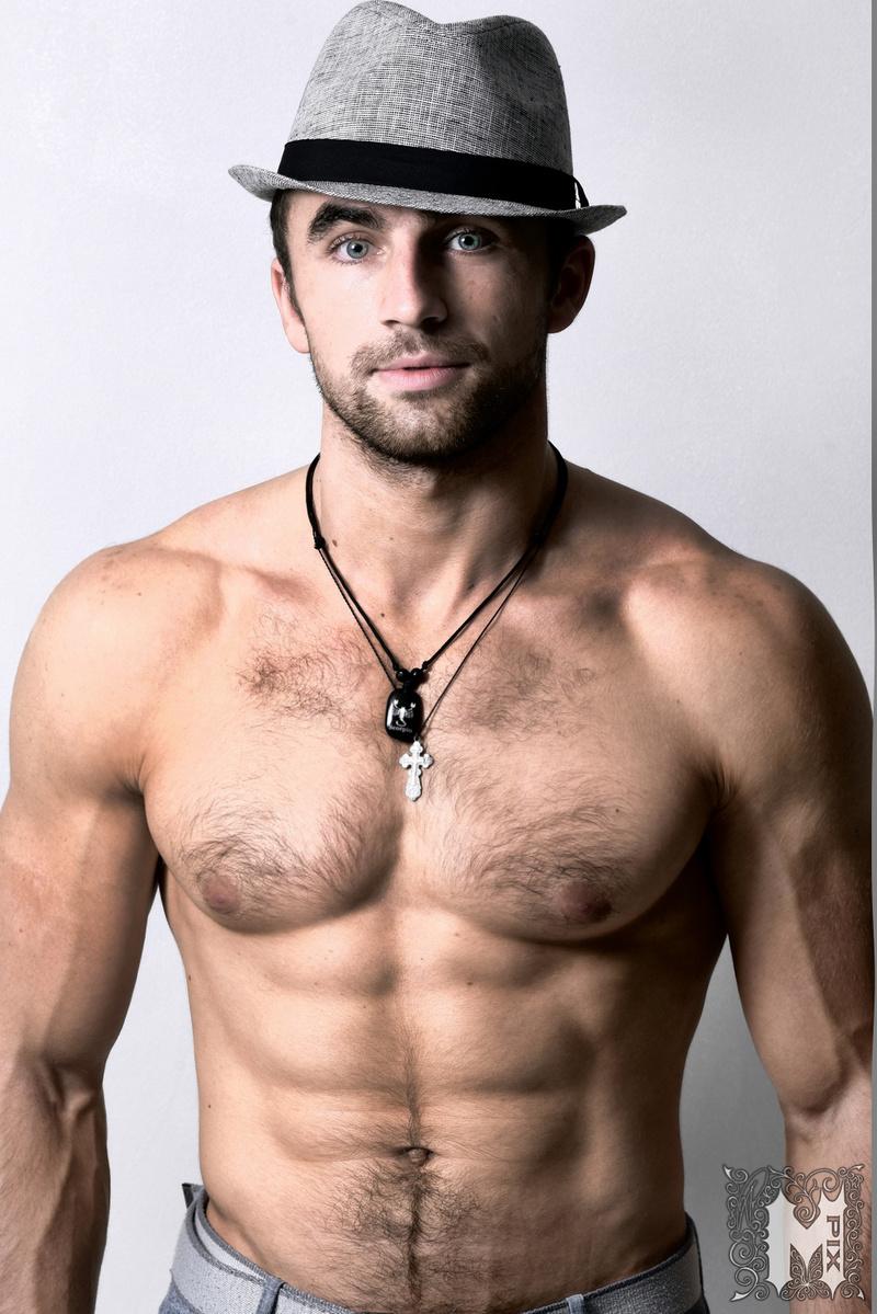 Male model photo shoot of Tourist