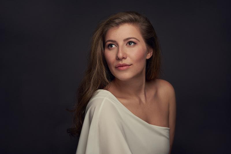 Female model photo shoot of Linnea Sage