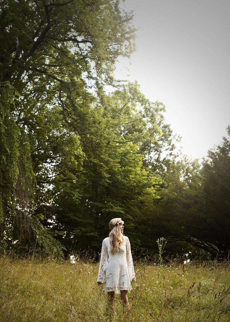 Female model photo shoot of Jess Owens